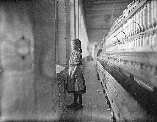 Lewis W. Hine-childs-glimpse.jpg